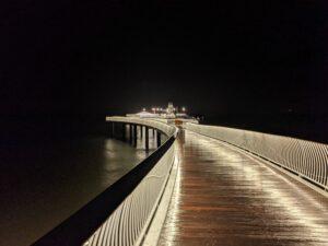 Nachtbild der Seebrücke in Koserow